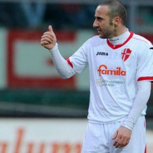 Nz Padova 04/02/2012 - campionato di calcio serie B / Padova-Verona / foto Nicolo' Zangirolami/Image Sport nella foto: Aniello Cutolo